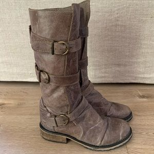 Steve Madden gray leather boots
